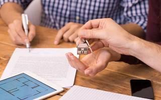 Можно ли продать жилье с прописанным человеком?